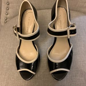 Anne Klein Black Patent Leather Shoes